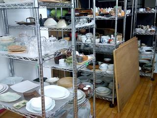 2,200カットの食器