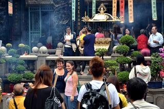台湾の寺院で01